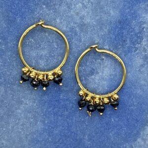 Hoops i 18 kt guld med sorte diamanter